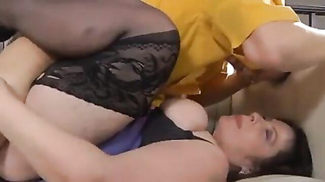 Русское порно в очко со старухой