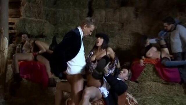 Жасмин - Секс за деньги / Yasmine - Sex for cash (2007) с русским переводом