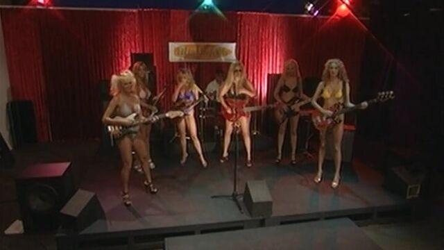 Кареглазые блондинки / Brown Eyed Blondes (порнофильм с русским переводом)