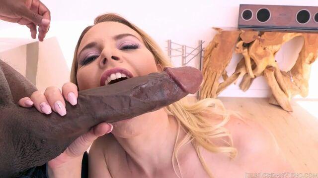Огромный длинный толстый член Мандинго внутри блондинки Обри Синклер