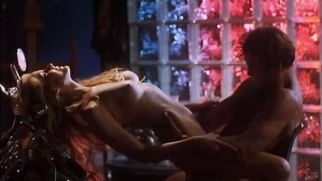 Жрица страсти / Woman of Desire (1994) эротический фильм