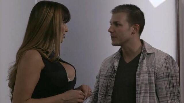 Жены ищут развлечений (порнофильм с русским переводом)