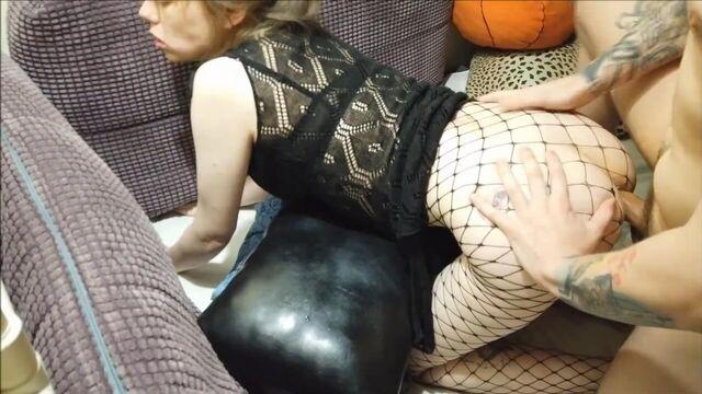 Частное домашнее русское порно видео: красотку в анал
