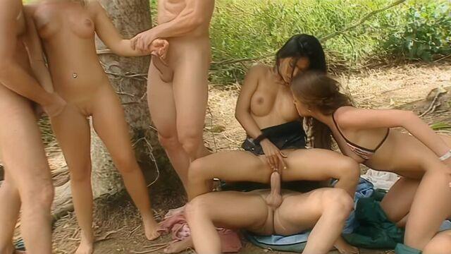 Последний секс-герой 2 / Private Gold 90: Sex Survivors 2 (порно фильм с переводом)