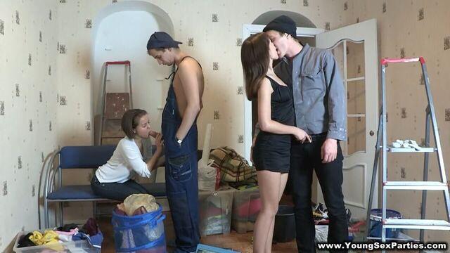 Русское групповое студенческое порно в общаге