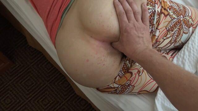 Анальный секс со спящей русской студенткой в общаге