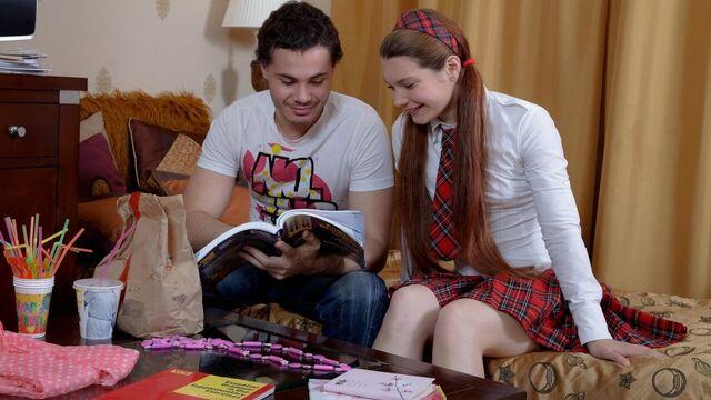 Красивое русское порно молодой парочки студентов