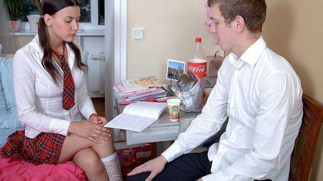 Анальный секс с молодой красивой студенткой Вероникой