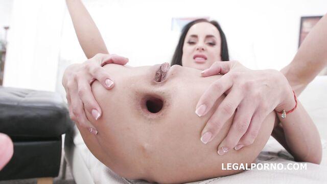 Групповое порно DAP 2 на 2: Алетта Блэк, Калибри + 2 BBC