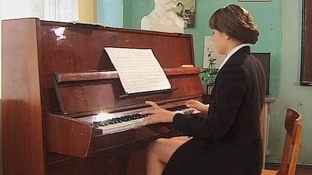 Школьница 1 (2001) русский порно фильм Нестора Петровича