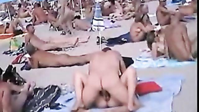 Самый беспредельный порно пляж в мире