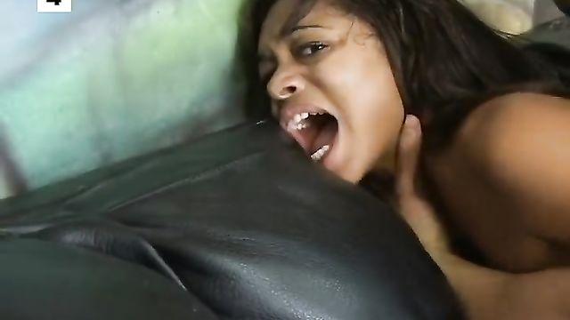 Подборка лучших грубых анальных порно роликов
