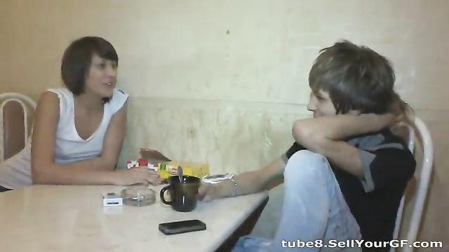 Русское порно: на глазах у парня