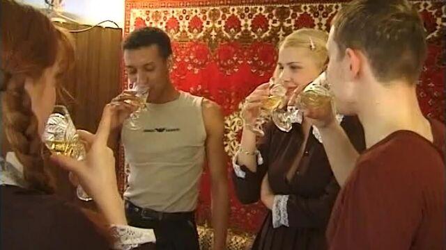 Школьница 2: Новенькая (2002) русский порно фильм Е. Распутина