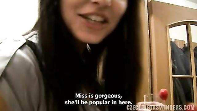 Новое домашнее порно видео с чешской свингерс вечеринки