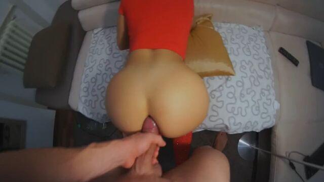 Частное домашнее порно: парень трахает девушку в анал