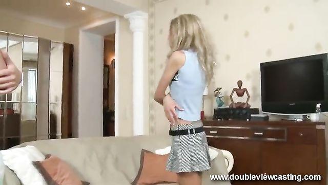 Худую русскую блондинку жестко в анал