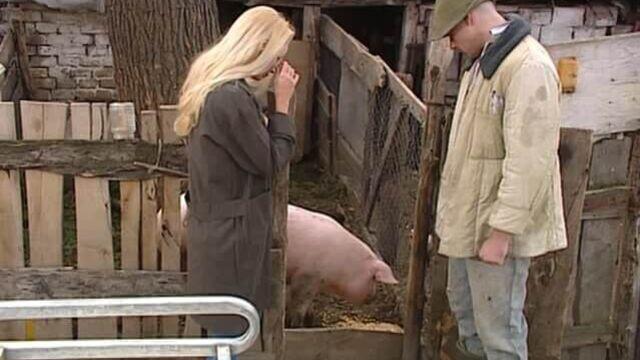 Секс на ферме (Фермерское хозяйство) с русским переводом