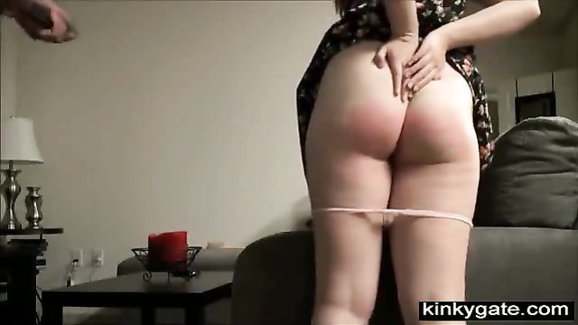 Садо мазо порно: Избиение непослушной