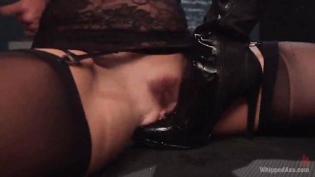 Сборник БДСМ порно роликов анала и сквиртинг оргазмы