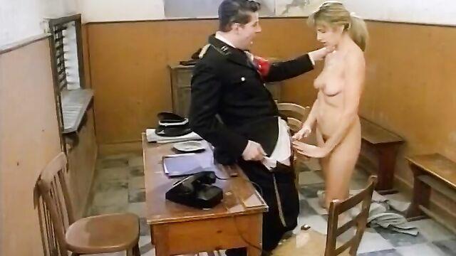 Девочки Фюрера 1 с русским переводом - полнометражное порно