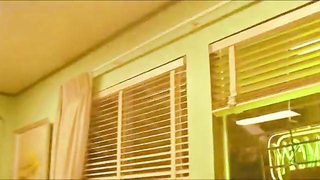 Алиса в ЛяЛяЛяндии / Malice In Lalaland (2010) порно фильм с переводом