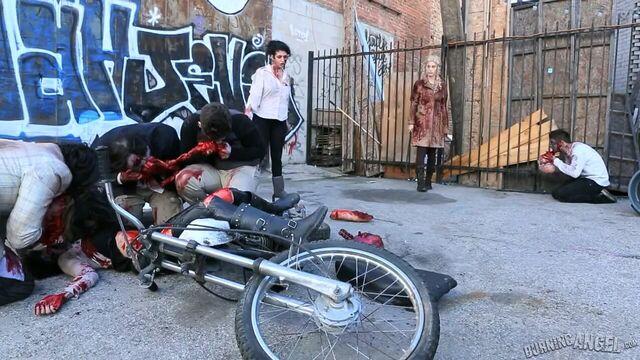 Ходячие мертвецы: Жесткая пародия / The Walking Dead: A Hardcore XXX Parody