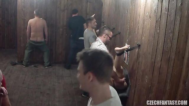 Чешское групповое порно в платном публичном доме Czech Fantasy 8