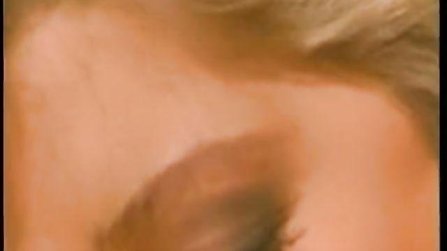 Секс с гермафродитом. Angela Summers и Johnny Love