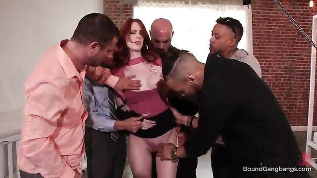Групповой жесткий секс со связанной Alex Harper - BoundGangBangs