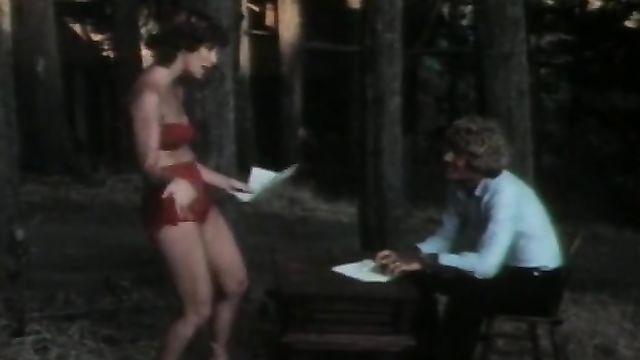 Полнометражное порно Табу 7: Дикое и Невинное (1989)