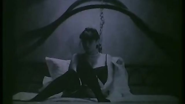 Тинто Брасс: Шалунья / Monella (1998) на русском