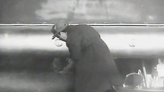 Тинто Брасс: Летающая тарелка (1964) комедия