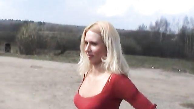 Голышом по России / Nude In Russia - эротический фильм