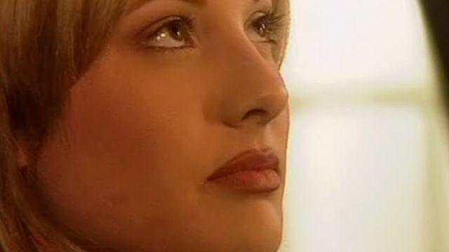 Она была моей матерью (Прикоснись ко мне) фильм с русским переводом