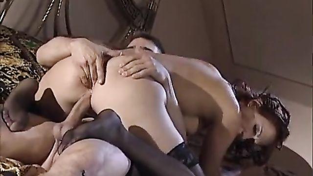 Первый раз ( Провокация) La Prima Volta (2003) порнофильм с русским переводом