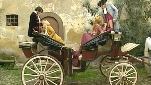 Нимфоманка императрица (Паолина) - Венера в мехах с русским переводом