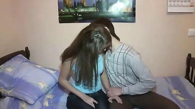 Секс видео одной молодой русской студенческой пары