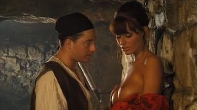 Леди в железной маске - полнометражный порно фильм с русским переводом