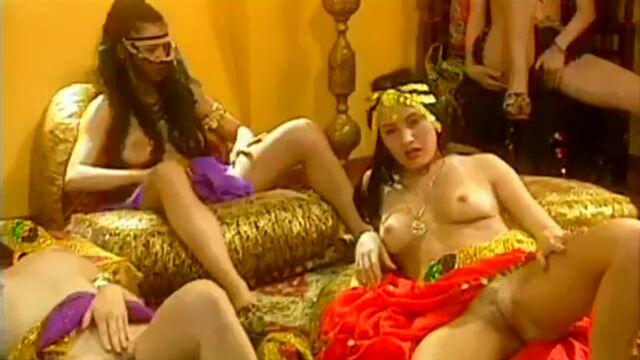 Пирамида 2 / Private Gold 12: Pyramid (порно фильм №2) с русским переводом