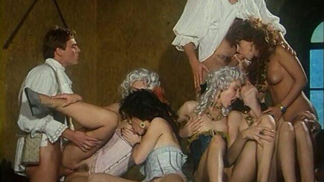 Маркиз Де Сад - порно фильмы с русским переводом