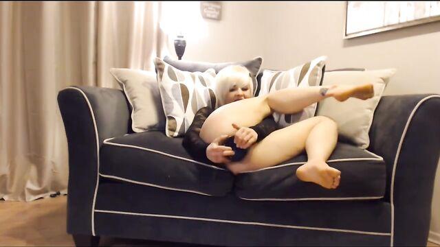 Домашний фистинг: Грубое анальное сольное видео молодой блондинки
