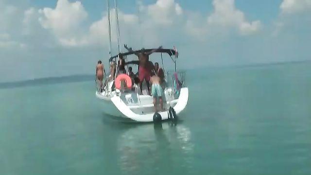 Массовая групповая секс оргия немцев на яхте
