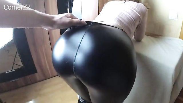 Частное любительское порно: Она кончает от глубокого анала