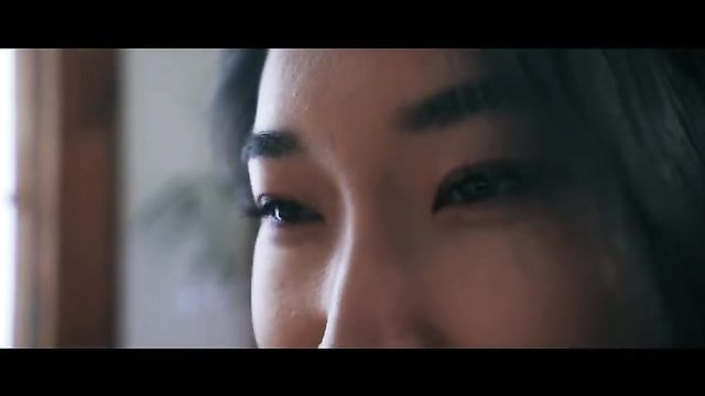 Сексуальная молодая азиатская геймерша обожает анал!
