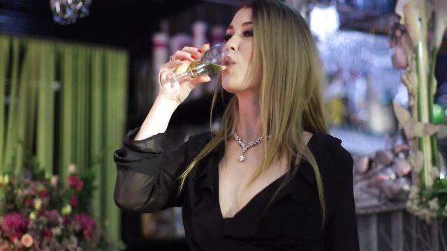 Порно фильм Приемная Дочь (Семейные Тайны) с русским переводом