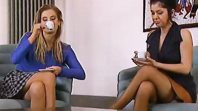 Порнофильм Private Gaia 3: Выходные В Болонье с русской озвучкой