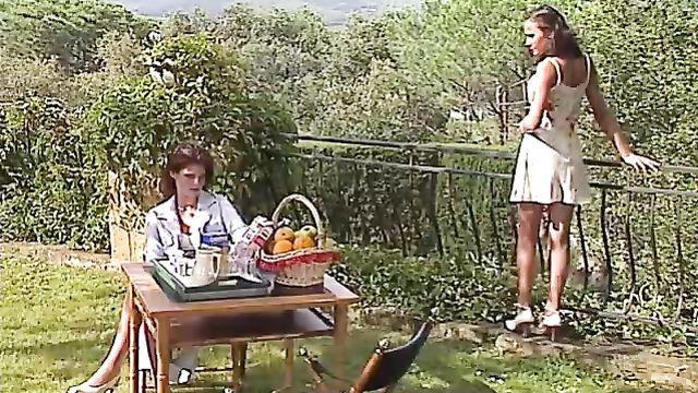 Порнофильм Private Gaia 5: Искушение Клариссы с русским переводом