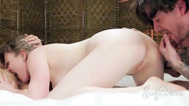 Полнометражный порно фильм Приглашение (The Invitation) на русском