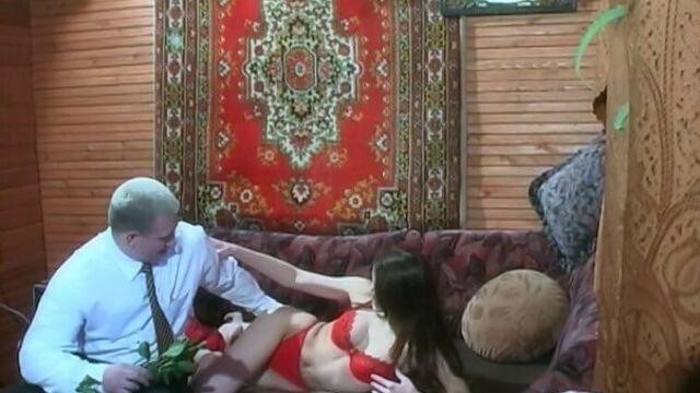 Порно фильм Молодежь в действии (А. Носенко, RUS Video)